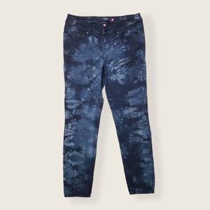 TORRID black acid wash midrise skinny jean size 12